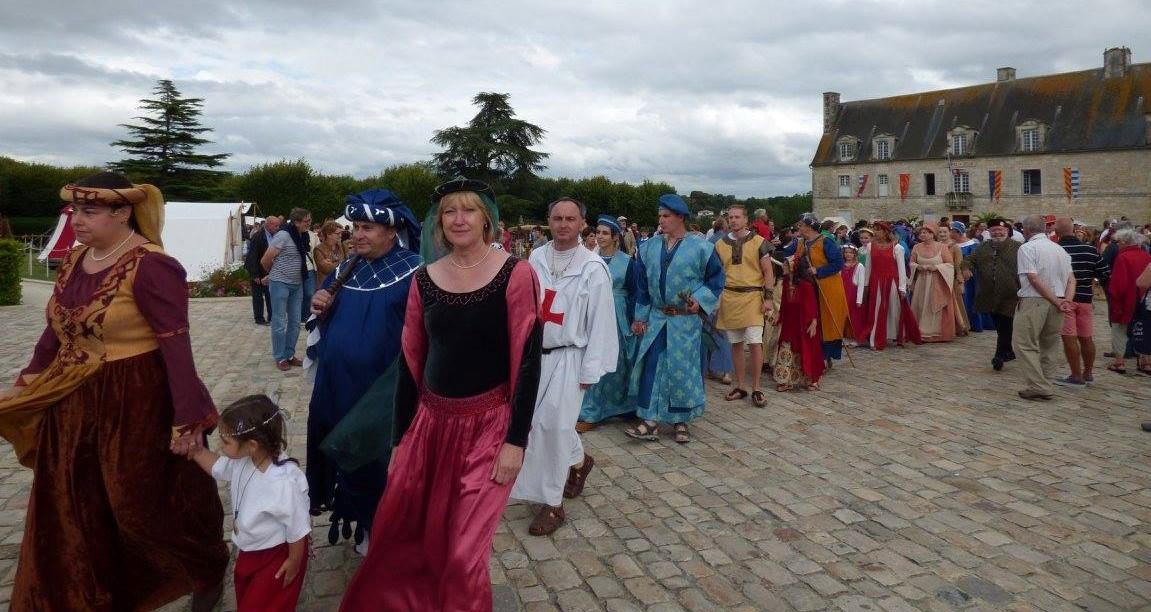 Fête Médiévale Pons 2017 - Défilé Donjon (1)