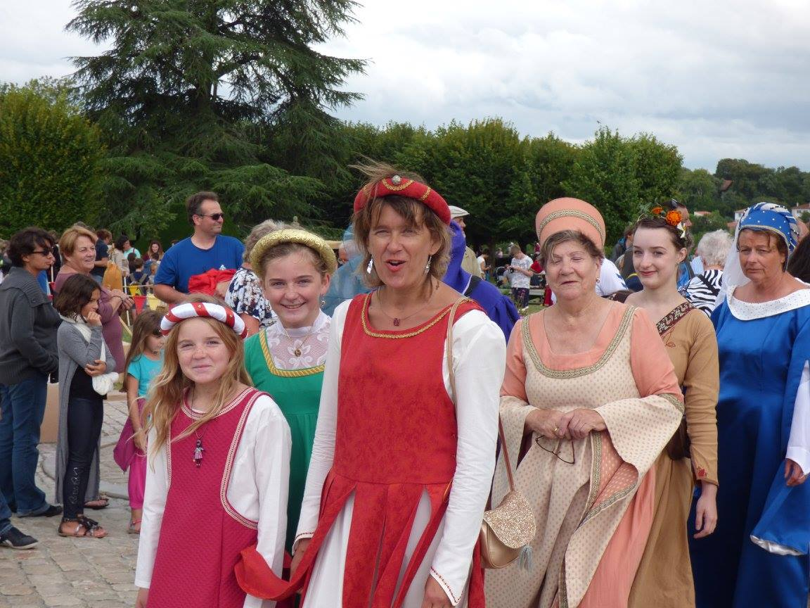 Fête Médiévale Pons 2017 - Défilé Donjon (4)
