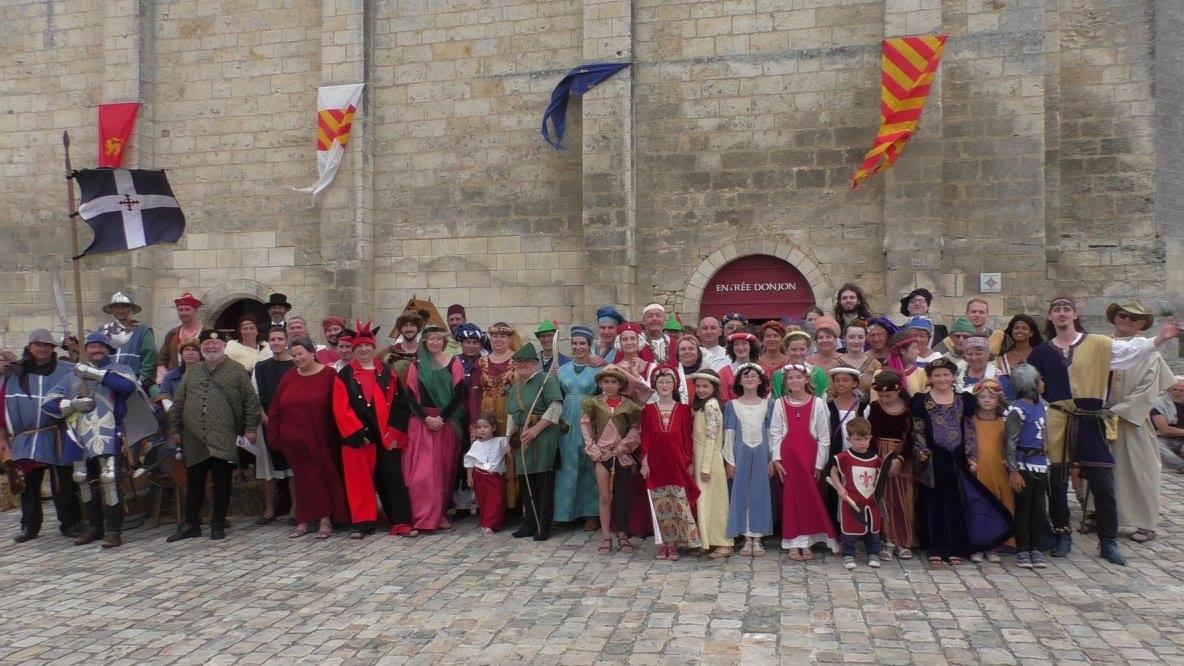 Fête Médiévale Pons 2017 - Défilé Groupe (1)