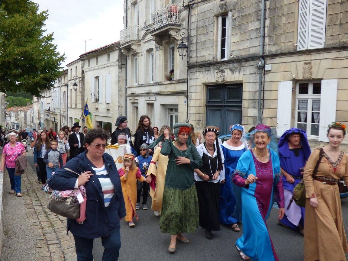 Fête Médiévale Pons 2017 - Défilé en ville (2)