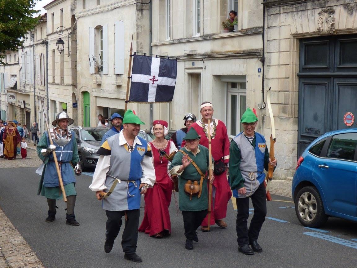Fête Médiévale Pons 2017 - Défilé en ville (3)