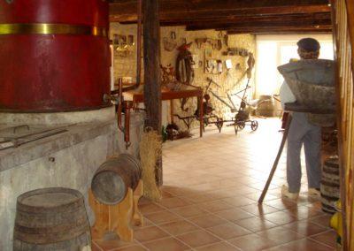 Les Ormeaux - pineau - cognac - Musée vigneron01