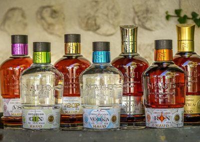 Distillerie de la Tour - Famille Naud - Pons