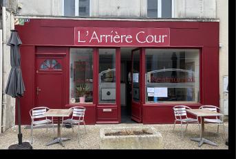 Restaurant Pons L'Arrière cour - Pons Actions Commerciales